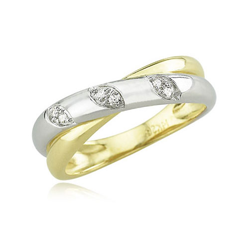 criss cross diamond ring - *RiNgS*